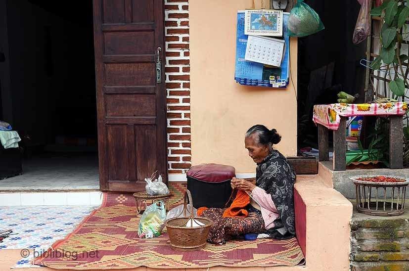 luang-prabang-femme