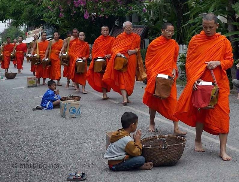 luang-prabang-moines