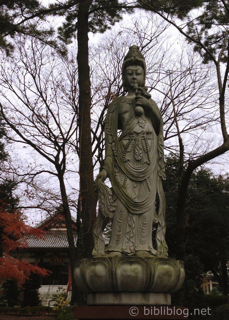 statue-Tokyo-zojo-ji