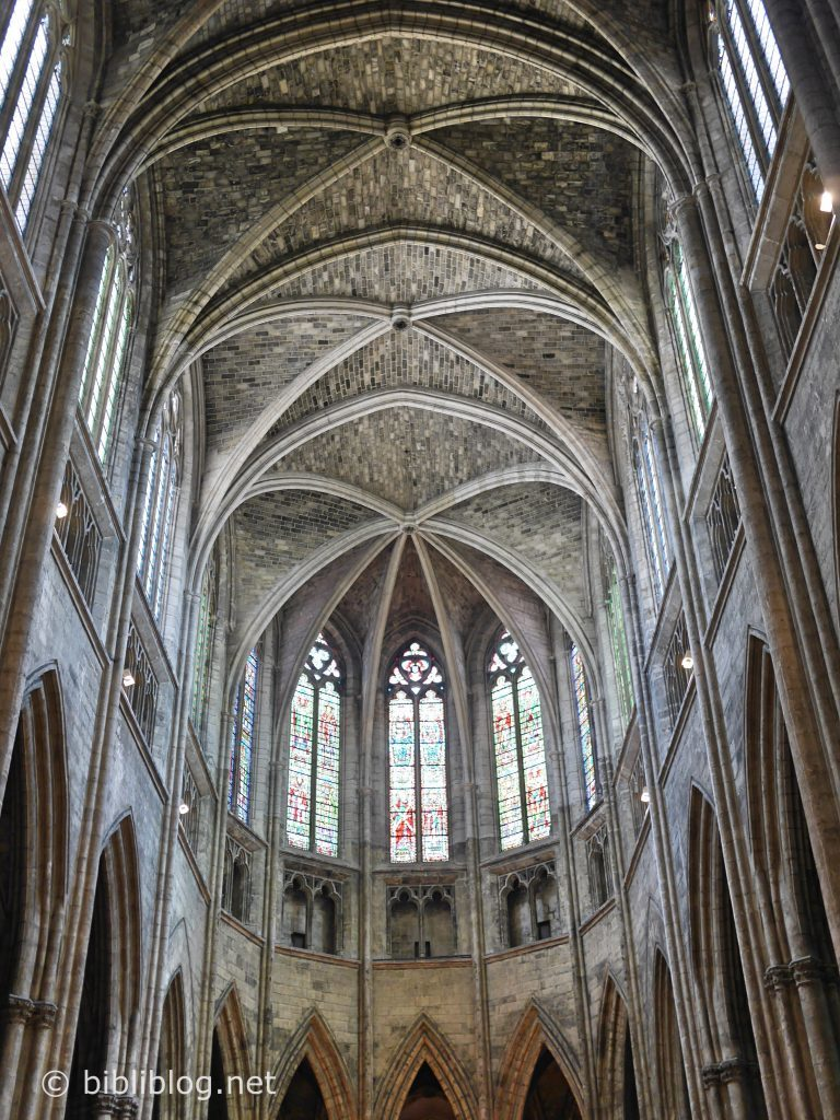cathedrale-interieur