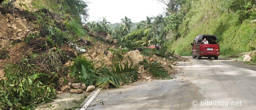 road-philippines-1