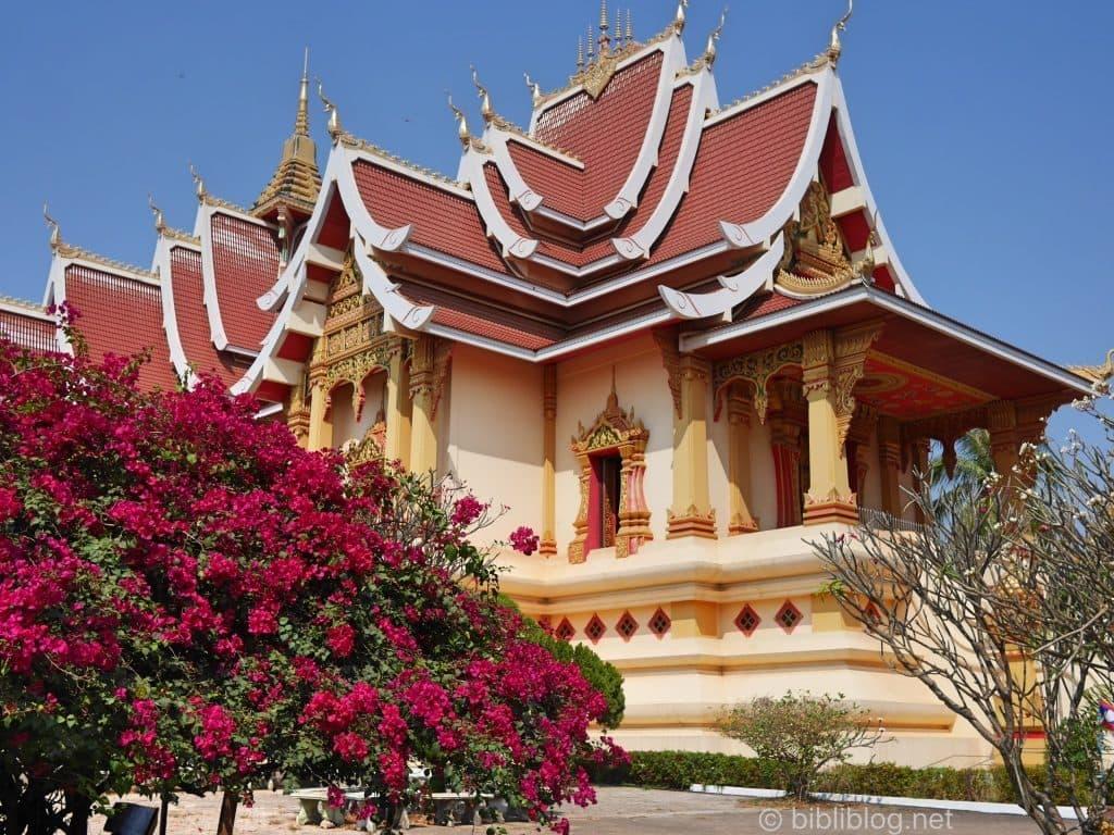 laos-vientiane-temple