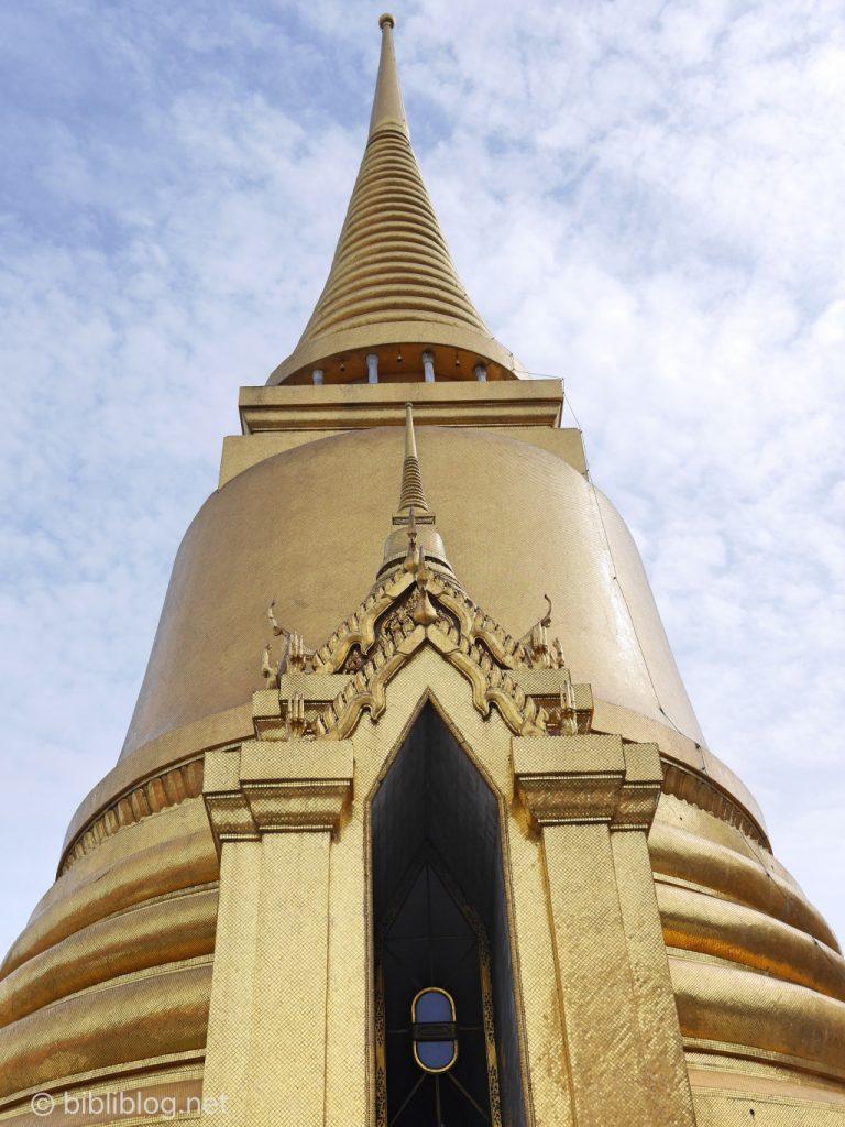 Thaïlande Bangkok palais impérial chédi doré