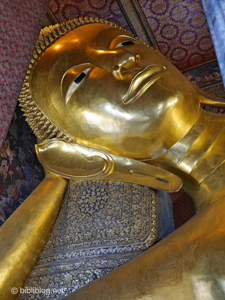 Thaïlande Bangkok Wat Pho Bouddha couché visage