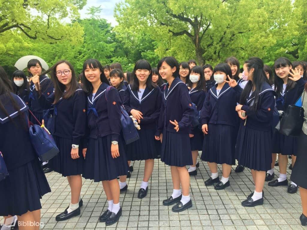 Ecolieres-japon